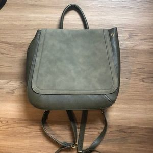 Universal thread backpack